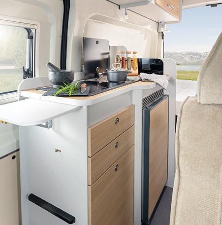 Karmann Dexter 560 4x4 kuchyně