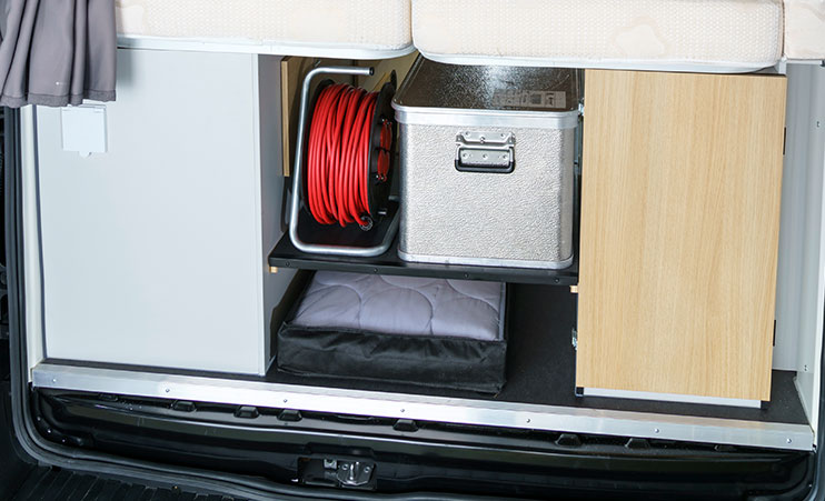 Karmann Dexter 570 úložný prostor